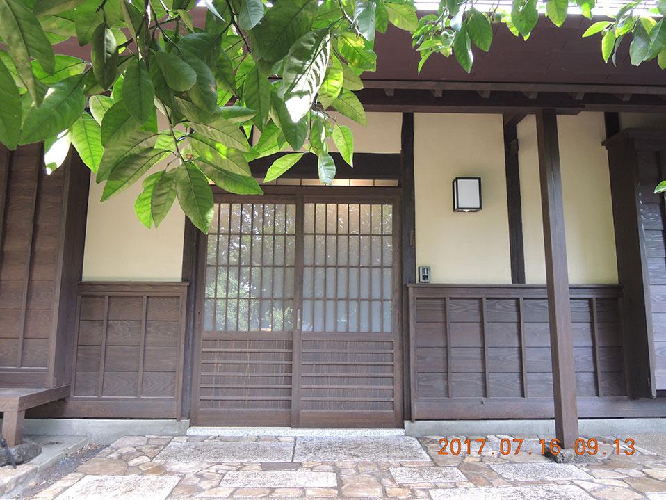 画像:玄関前三和土
