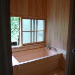 客室にある檜風呂